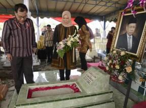 Sambut HUT BPK Ke-73, Pimpinan BPK Ziarah ke Makam Wakil Ketua BPK