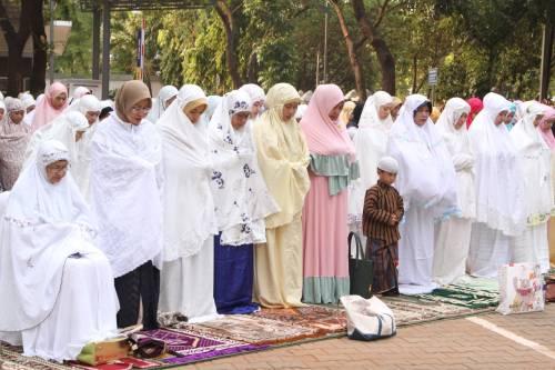 Foto Sholat Idul Adha - Koleksi Gambar HD